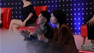 'Giọng ải giọng ai' tập 5: Trấn Thành hứa tặng 1 cây vàng nếu Kay Trần - Quang Trung 'cưới nhau'