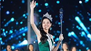 VIDEO: Khoảnh khắc Lương Thùy Linh đăng quang Hoa hậu thế giới Việt Nam 2019