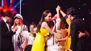 MC Nguyên Khang xin lỗivì đọc nhầm tên quán quân chung kết Giọng hát Việt nhí 2019