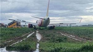 Máy bay Vietjet Air hạ cánh trượt khỏi đường băng Tân Sơn Nhất