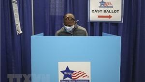 Bầu cử Mỹ 2020: Giáo sư Mỹ nhận địnhphương thức bỏ phiếu đa dạng khiến kết quả khó đoán