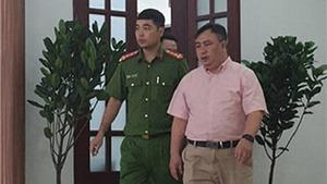 Khởi tố, bắt tạm giam Phó Giám đốc Bệnh viện Mắt TP HCM