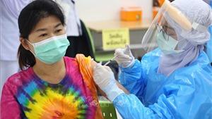 Thái Lan bảo vệ biện pháp sử dụng kết hợp 2 loại vaccine phòng Covid-19