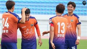Xuân Trường có kiến tạo đầu tiên cho Gangwon ở R-Leagụe