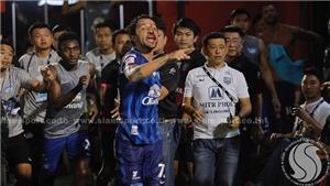 SỐC: Cầu thủ Brazil đánh nhau đến đổ máu tại Thai League