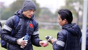 U23 Việt Nam giữ ấm bằng trà gừng, Than Quảng Ninh chia tay biểu tượng