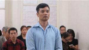 Trộm xe ô tô chở 480 cây vàng, kẻ trộm đòi cắn lưỡi tự tử tại tòa