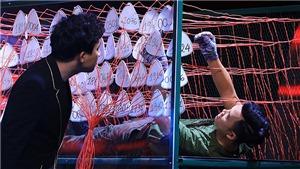Siêu trí tuệ Việt Nam: Thót tim với màn 'phá bom' của chàng trai thuộc 3367 từ vựng Oxford