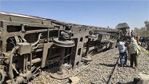 Tổng thống Ai Cập tuyên bố trừng phạt nghiêm khắc thủ phạm vụ tai nạn tàu hỏa thảm khốc