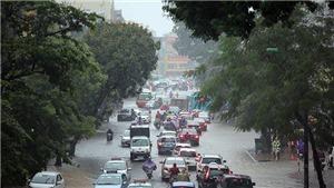 Áp thấp nhiệt đới đổ bộ Quảng Ninh, Hải Phòng, gây gió giật cấp 8