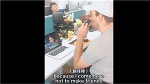 'Chết cười' video ông Tây xem 'Diên Hy Công Lược' bằng... máy dịch