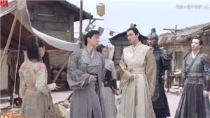 'Tiểu nữ Hoa Bất Khí' tập 38-39: Đông Phương Thạch và Trần Dục tranh giành Hoa Bất Khí giữa phố