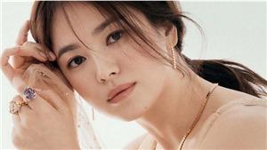 Song Hye Kyo đẹp lộng lẫy, trải lòng về thời điểm khó khăn trong đời