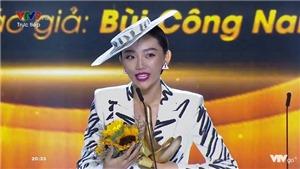 VIDEO: Nghe lại 'Có ai thương em như anh' vừa đoạt cúp Cống hiến 'Bài hát của năm'