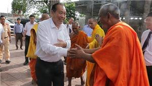 Phó Thủ tướng Thường trực Trương Hòa Bình chúc mừng Lễ Phật đản tại Cần Thơ