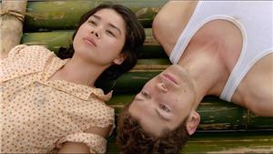 Phim 'Bầu trời đỏ': Thiếu quá nhiều để thành một chuyện tình đẹp