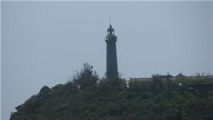 Dưới Hải đăng Đại Lãnh chạm về giấc mơ biển đảo quê hương