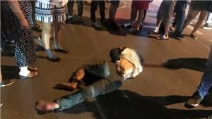 VIDEO bắt khẩn cấp lái xe ô tô kéo lê người và xe máy ở ngã 6 Ô Chợ Dừa