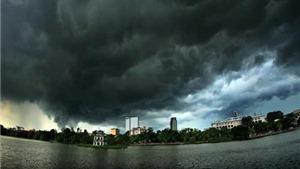 Dự báo thời tiết ngày và đêm 30/8: Hà Nội mưa rất to và có dông, khả năng xảy ra tố lốc