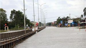 Thời tiết ngày 15/12: Lũ các sông từ Thừa Thiên Huế đến Khánh Hòa lên lại, Hà Nội ấm lên