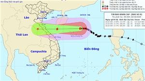 Bão số 8 giật cấp 13 đang cách quần đảo Hoàng Sa 160 km về phía Đông Đông Bắc