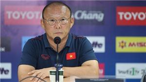 HLV Park Hang Seo: 'Một trận đấu khó khăn, Việt Nam suýt thua vài bàn'