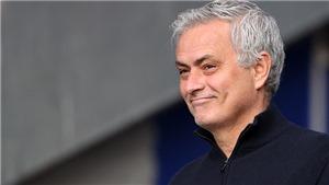 Jose Mourinho chính thức dẫn dắt AS Roma