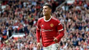 Màn ra mắt hoàn hảo của Ronaldo ở MU