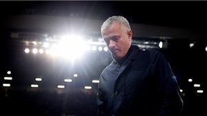 Mourinho vẫn chưa thoát khỏi lời nguyền 'mùa giải thứ ba'