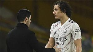 Arteta bực tức, khẳng định David Luiz mới là người bị phạm lỗi