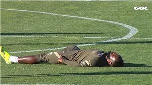 Bóng đá hôm nay 24/3: Bailly xin lỗi Solskjaer. Tiền đạo Atletico Madrid bất tỉnh trên sân tập