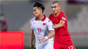 CĐV Việt Nam tiếc nuối khi đội nhà thua Trung Quốc đúng phút cuối cùng