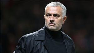 Jose Mourinho lần đầu lên tiếng sau khi bị M.U sa thải: Hãy để tôi đón Giáng sinh bình yên