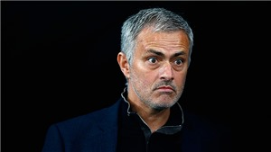 Mourinho: 'Đừng quên tôi mới vô địch Europa League cách đây 1 năm rưỡi'