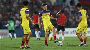 VIDEO: CĐV cuồng nhiệt chào đón U23 Việt Nam trước trận giao hữu với U23 Myanmar