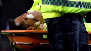 Gary Neville đã sai, Claudio Bravo đau thật và phải nghỉ hết mùa