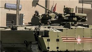 VIDEO: Cận cảnh loạt vũ khí, khí tài quân sự mới trong Lễ Diễu binh Chiến thắng trên Quảng trường Đỏ