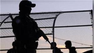 Tổng thống D.Trump khẳng định Mỹ đang triển khai quân đội tới biên giới với Mexico