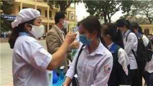 Học sinh THPT, sinh viên các trường chuyên nghiệp ở Bắc Giang trở lại trường
