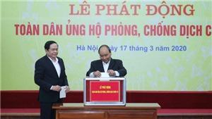 Thủ tướng Nguyễn Xuân Phúc dự Lễ phát động toàn dân ủng hộ phòng, chống dịch COVID-19