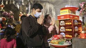 Gần 3 vạn du khách trẩy hội chùa Hương trong ngày đón khách trở lại