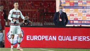 Cristiano Ronaldo: Cơn thịnh nộ trên tấm băng thủ quân