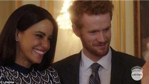 Phim tái hiện chuyện tình của Hoàng tử Harry và Meghan Markle khiến khán giả giận dữ
