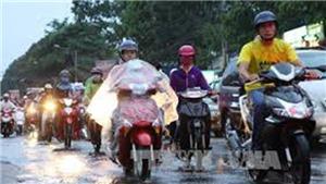 Dự báo thời tiết: Hà Nội cục bộ có mưa to kèm lốc sét và gió giật