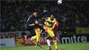 Mắc lỗi nghiêm trọng, Samson và Thế Hưng bị VFF treo giò 3 trận