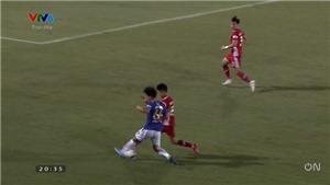 Văn Dũng nghỉ 6 tháng, Hà Nội FC lực lượng ngày càng mỏng