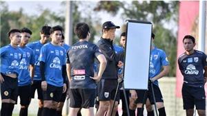 Tuyển Thái Lan lại không thắng các ngôi sao Thai League