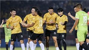 Quang Hải, Văn Hậu và Văn Toàn hút hàng vạn CĐV khi đá bóng với Jack