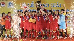 Vô địch quốc gia, Huỳnh Như tiến sát Quả bóng vàng
