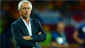Thái Lan mừng sau khi UAE thuê lại HLV á quân World Cup